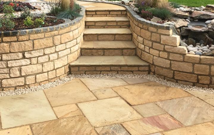 garden walls preston